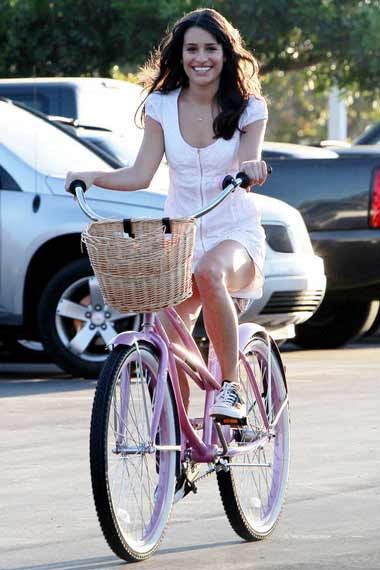 Lea Michele - Celebrities Cycling