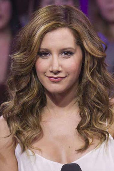Ashley Tisdale Long Hair Highlights