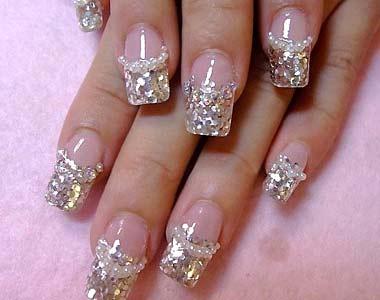 Glittery nail designs
