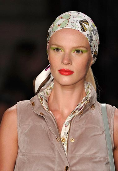 Headscarf Trend for The 2012