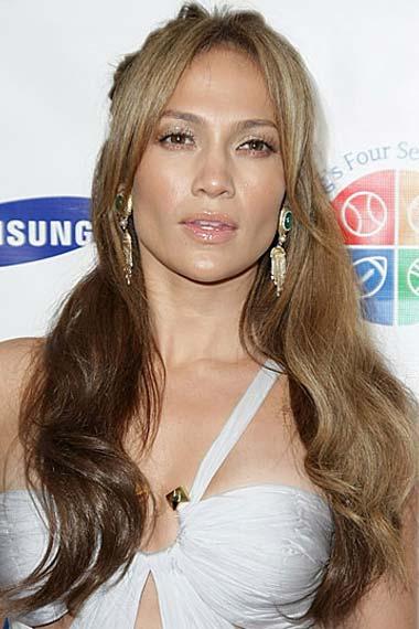 jennifer lopez hair color highlights. Jennifer Lopez Long Wavy Half