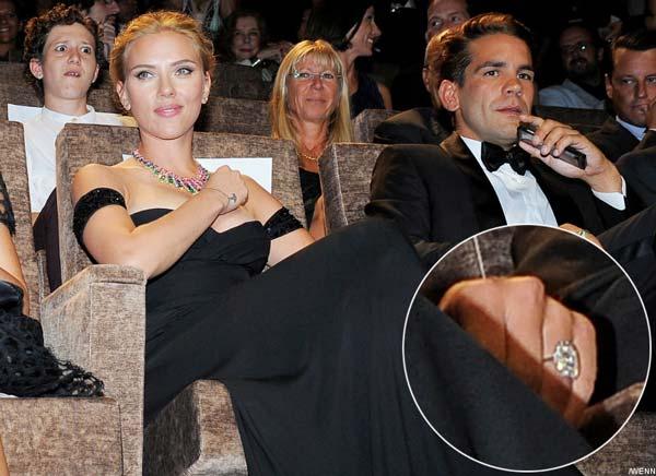 Scarlett Johansson Is Engaged to Romain Dauriac