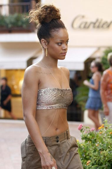 Rihanna Toned Body Look
