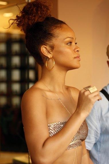Rihanna Toned Body Look
