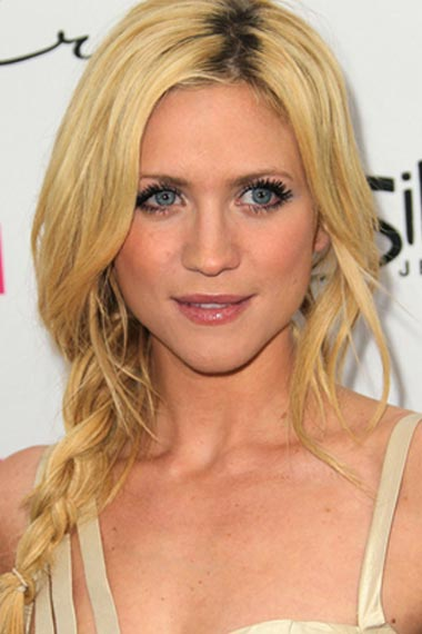 Brittany Snow Beachy Hairstyle