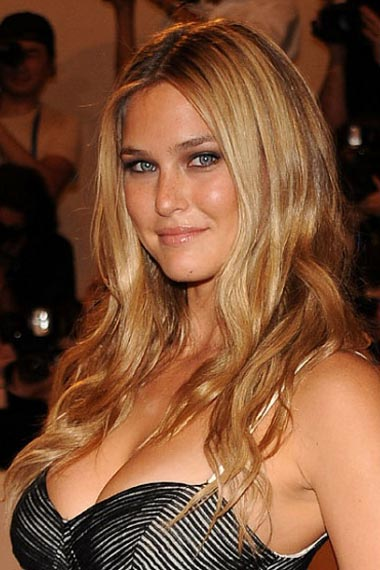Bar Rafaeli's Long Hairstyle