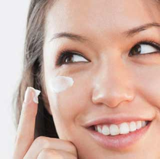 Dark Circle Under Eye Cream: Repairs and Rejuvenates