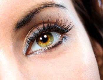 Eyelash Enhancers vs. Eyelash Extensions, Which is better?