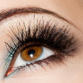 How to Grow Longer Eyelashes: Discover Little Secrets with Big Benefits