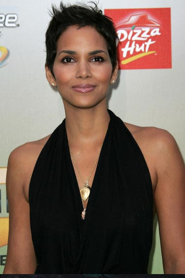 The Classy Halle Berry