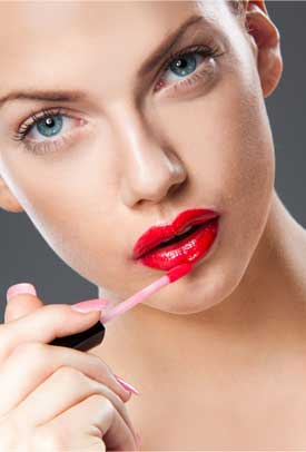 How to Get Luscious and Plump Lips this Christmas Season?