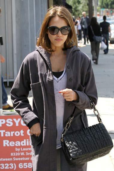 Jessica Alba marked in Beverly Hills