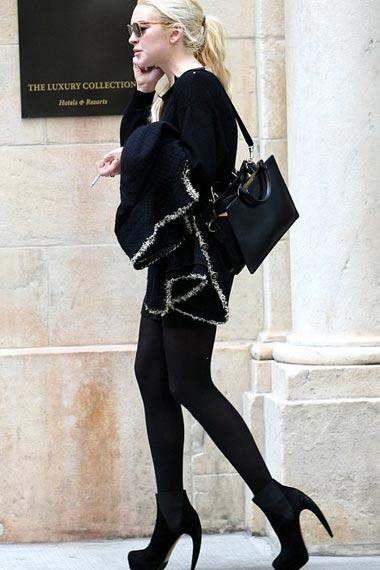 Lindsay Lohan in curved heels
