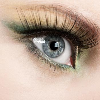 How to Make Eyelashes Fuller: Bring Out the Glam
