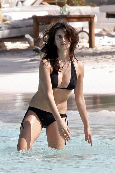 Penelope in Bikini
