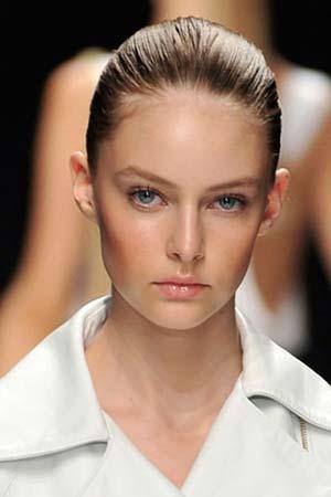 the stylish makeup looks