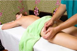 Treat Your Cellulite Through Acupuncture