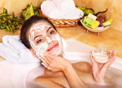 7 Tips on How to Exfoliate Your Skin Naturally