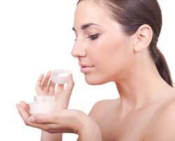 Anti Aging Cremes – Finding Reasons to Use Anti Aging Cremes