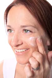 Can Anti-Aging Eye Creams be Used by Everyone?