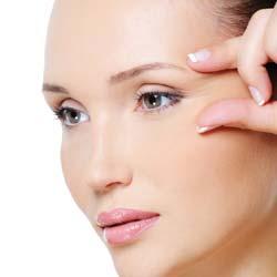 Eye Creams vs Eye Serum