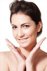 Why Go for Natural Anti-Aging Creams?