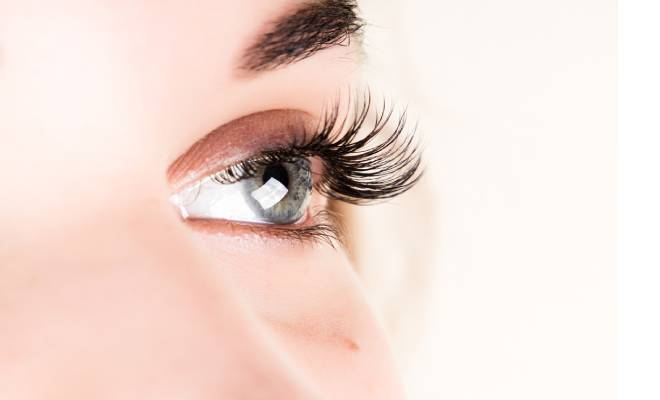 Longer Lashes With Extra Virgin Olive Oil