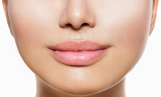 Make your lips plumper and bigger naturally