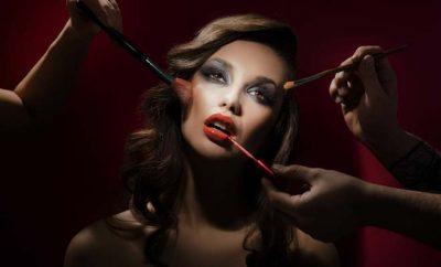 7 Worst Celebrity Makeup Disaster