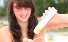 Know The Reasons To Wear Sunscreen This Winter