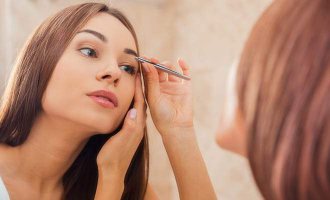 6 tips for eye makeup to go from blah to wow tip 3 give yourself perfectly arched naturally looking eyebrows eyebrows give your face character many however either have eyebrows that are too solutioingenieria