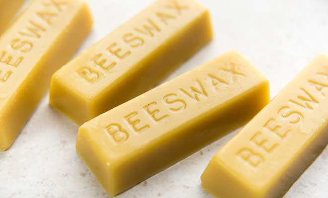 Beeswax Natural Moisturizer Lips