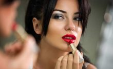 Personality Check:10 Lipstick Shades That Reveal The Secret