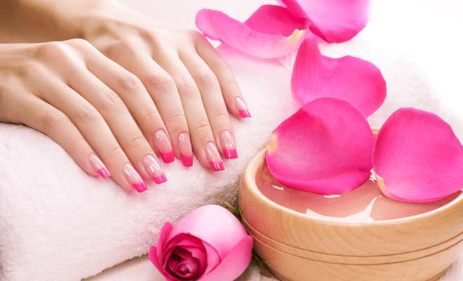 Homemade recipe for strong nails