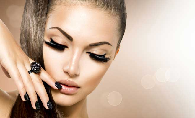 Right Smoky Eyes Trick