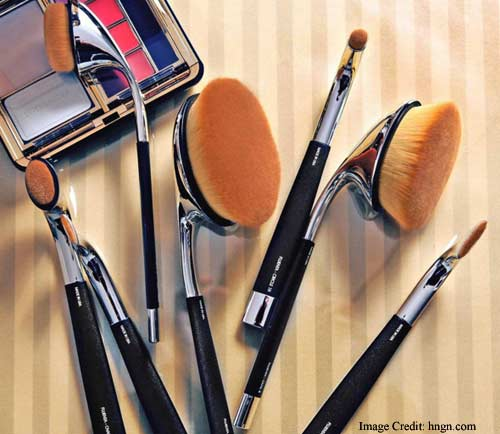 Makeup Brushes Complete Your Look