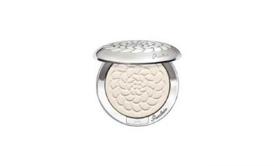 Guerlain MÉTÉORITES COMPACT Pressed Powder Review: Ingredients, Side Effects, Detailed Review And More.