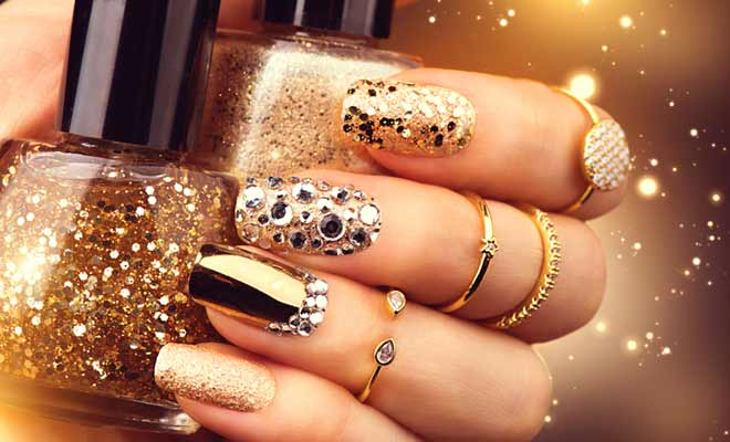 Mirrored Manicures Latest Nail Art Craze To Try