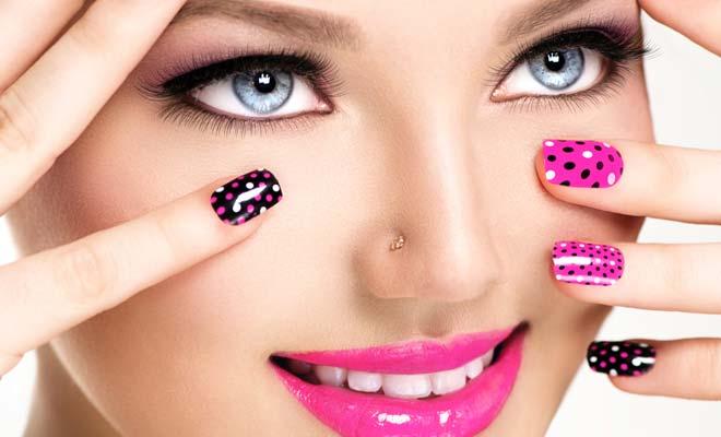 Prescription needed to buy  an Eyelash enhancer