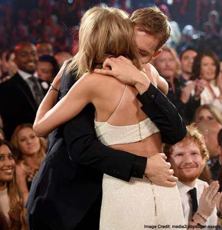 Taylor kissed her boyfriend