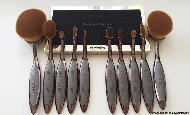 Artis oval Makeup Brushes