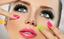 5 Ways You're Removing Your Eye Makeup Completely Wrong! Find Out How