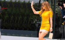 5 Best Jennifer Lopez Clothing Style, that are Fabulous & Trend Setter