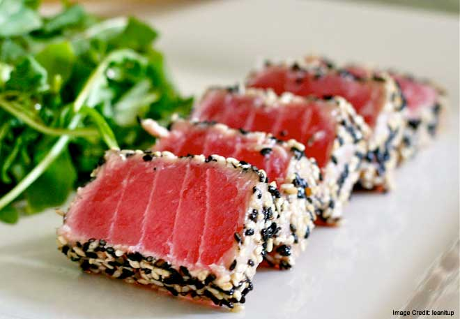 Japanese Pan Seared Tuna with Asian Salad