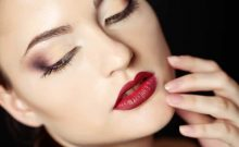 10 Useful Tips To Wear Dark Lipstick During The Day Like a Pro