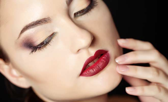 Wear Dark Lipstick During The Day Like a Pro