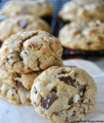 Chocolate and Macadamia Soft Cookies
