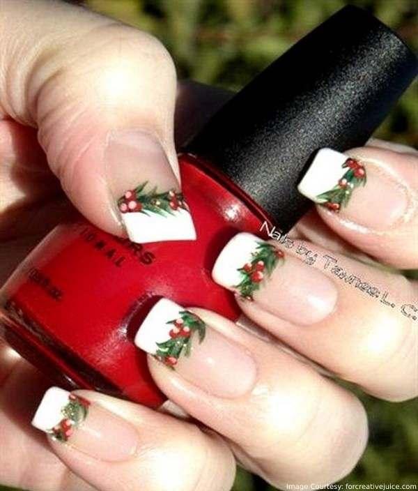 Christmas Mistletoe Nail Designs