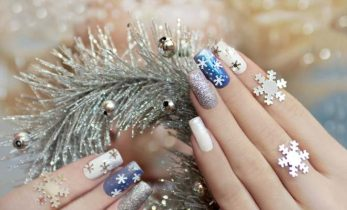 21 Christmas Nail Art Ideas To Try Right Now