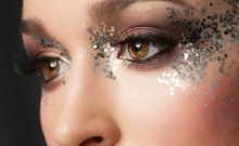 Surprisingly Splendid Ways To Wear Glitter Eye Makeup This Holiday